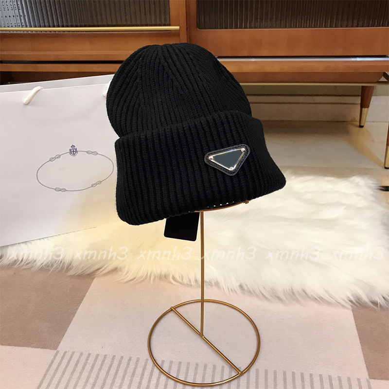 Designer Fashion Knitted Hat Designers Beanie Cap Mens Fitted Hats Unisex Cashmere Letters Casual Skull Caps Outdoor Luxury High Quality