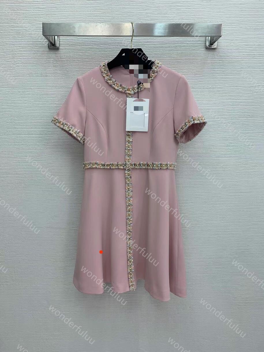 320 2021 High Quality Summer Flora Print Panelled Short Sleeve Crew Neck Beads Brand Same Style Dress Weinish