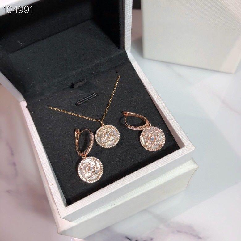 Luxury Echanted Lotus Brand S925 Sterling Silver White Ceramic Round Coin Pendant Necklace And Earrings Jewelry Set For Women