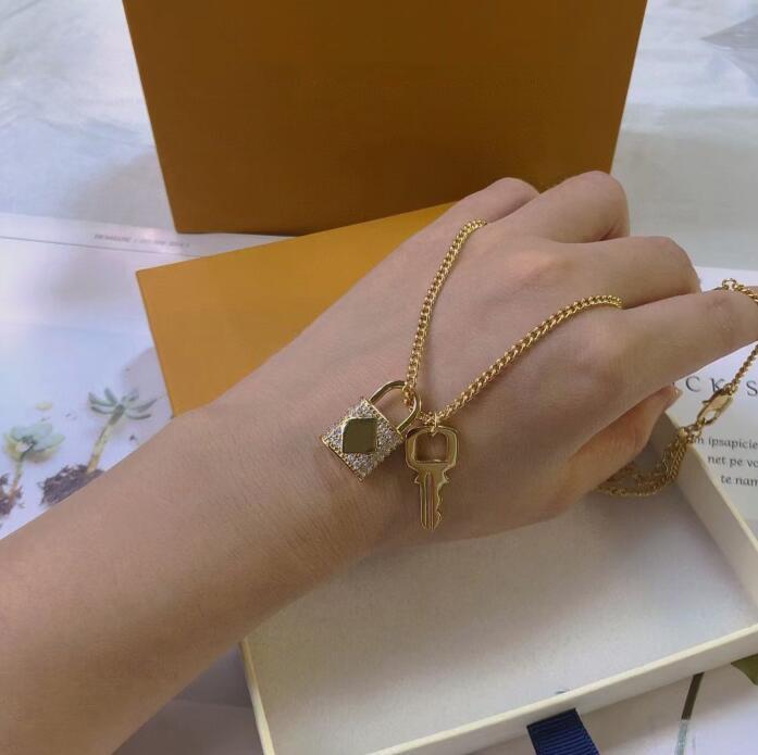 Men Women lovers jewelry Diamond 18K Gold Lock golds key Pendant Necklace sweater chain accessories