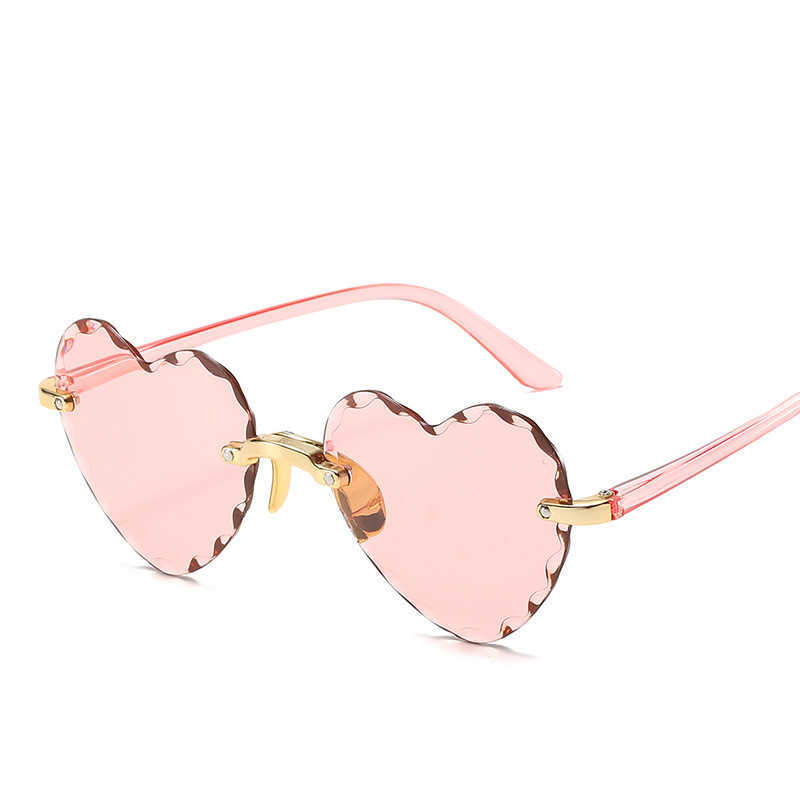 2021 Wholale Rimls Heart Shaped Glass Sunglass For Women