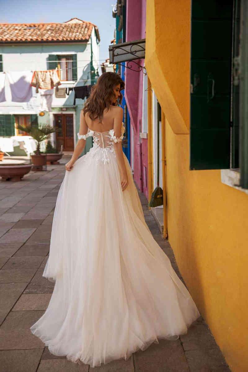 A Line Boho Wedding Dresses Elegant Off Shoulder Bridal Gowns Lace Flowers Bride Dress Abito Da Sposa