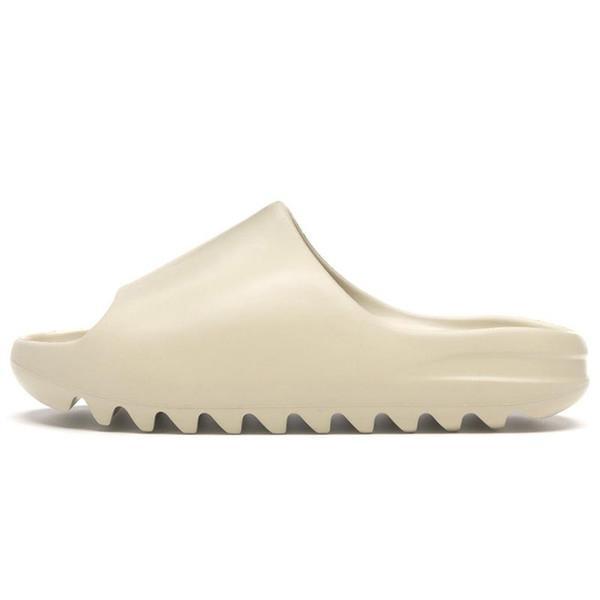 2021 New Kanye Slides Slippers Foam Runner Desert Sand Triple Black Bone White Resin Solid Slide Sandal Fashion Women Men Slipper Size 36-45