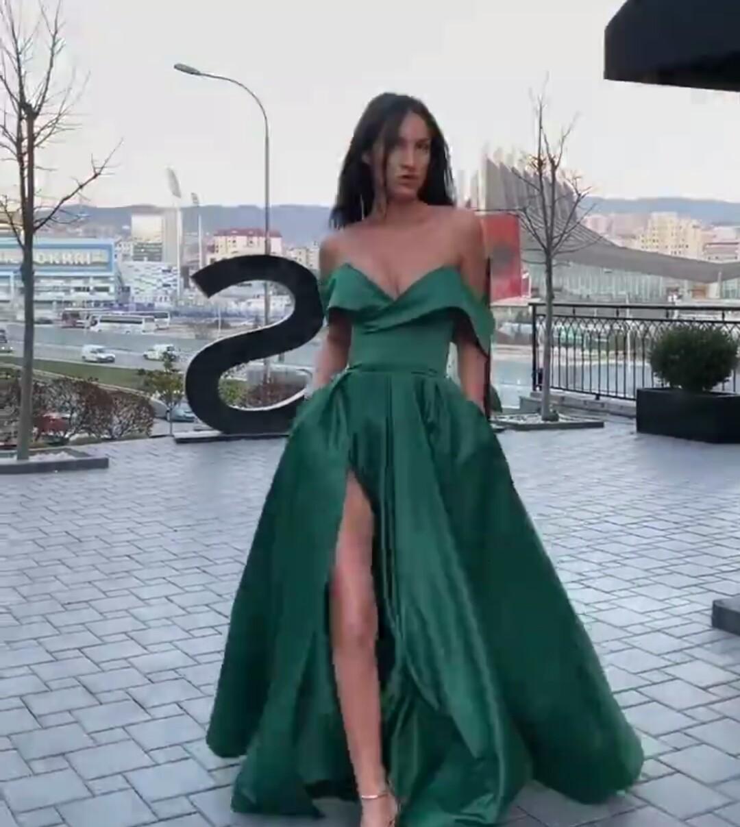 Elegant Green A-line Evening Dresses Sweetheart Sleeveless High-split Party Gown Satin Cheap Floor-length Formal Prom Dress Custom Made