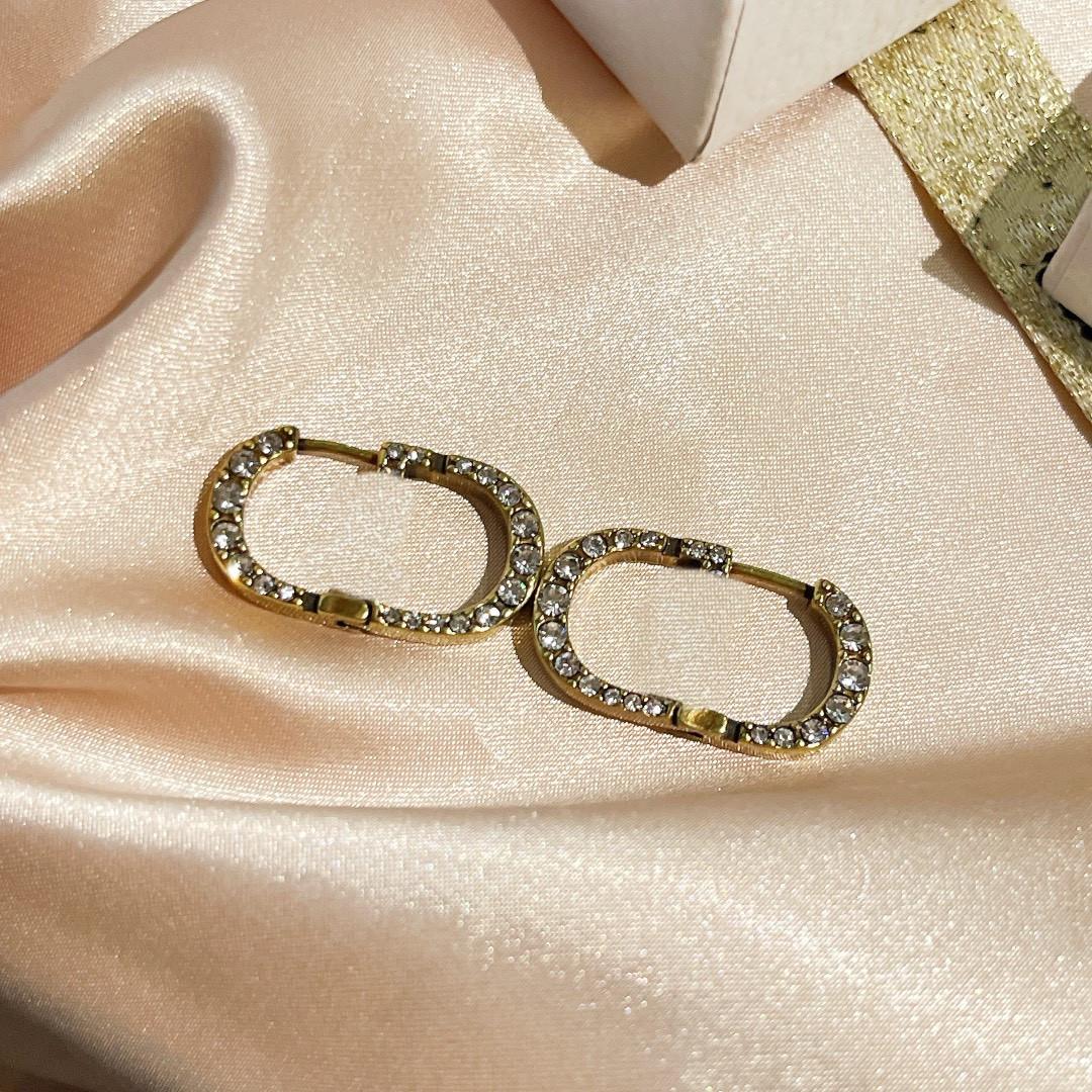 Retro Fashion Diamond Earrings New Letter Gold Brass Material 925 Silver Needle Women Earrings Supply NRJ