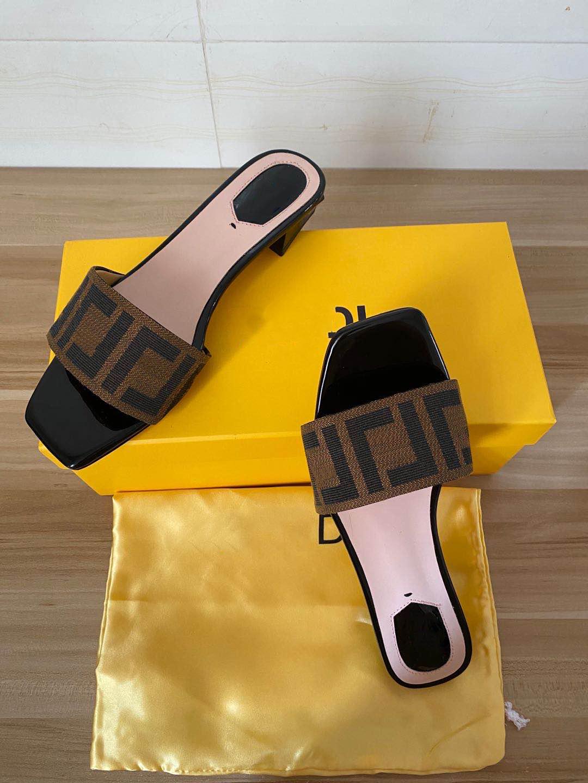2021 summer women's sandals ladies summer beach slide slippers indoor and outdoor flip flops beach shoes women slippers