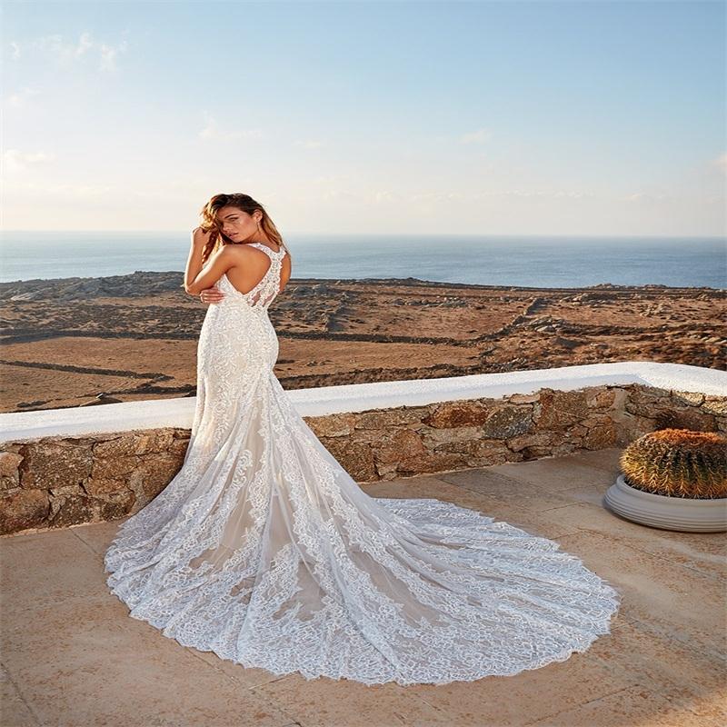 Mermaid Wedding Dresses Sexy V-neck Sleeveless Full Appliqued Lace Tulle Boho Bridal Dress Custom Made Sweep Train Beach Bridal Gown