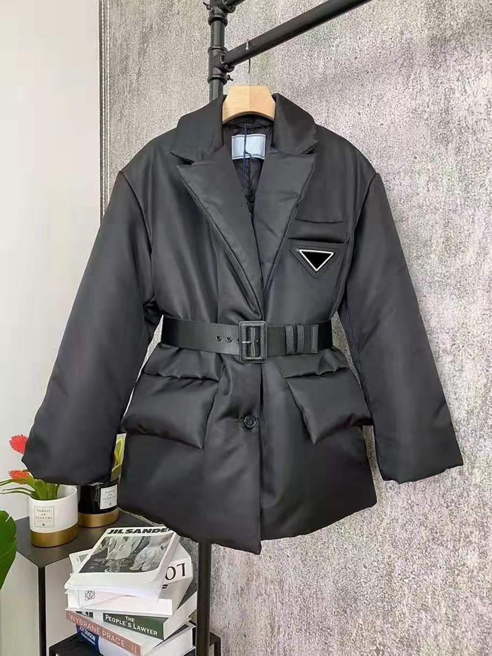 Women Jacket Hoodids Terry Parkas Top Quality Lady Coat with Inverted Triangle Budge Winter Thick Coats Long Sleeves Windbraker Style Size S-L