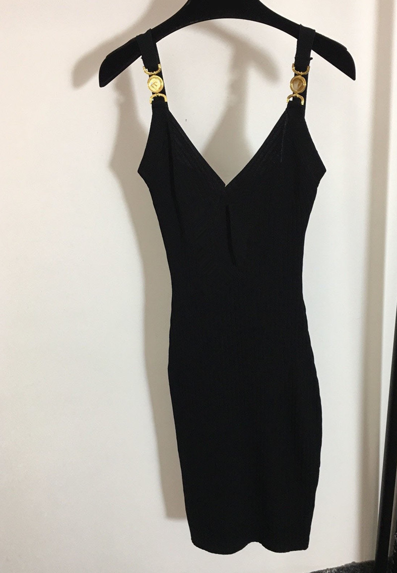 Sexy Women Runway Dresses V Neck Sleeveless Knit Slim Dress High Quality Female Gold Button Long Milan Party Clothing MY1