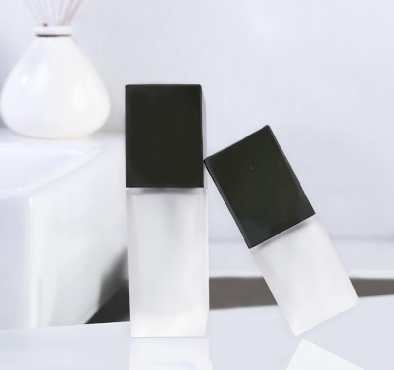 40ml glass frosted serum bottle with black cap, square skincare foundation glass bottles refillable bottle SN4978