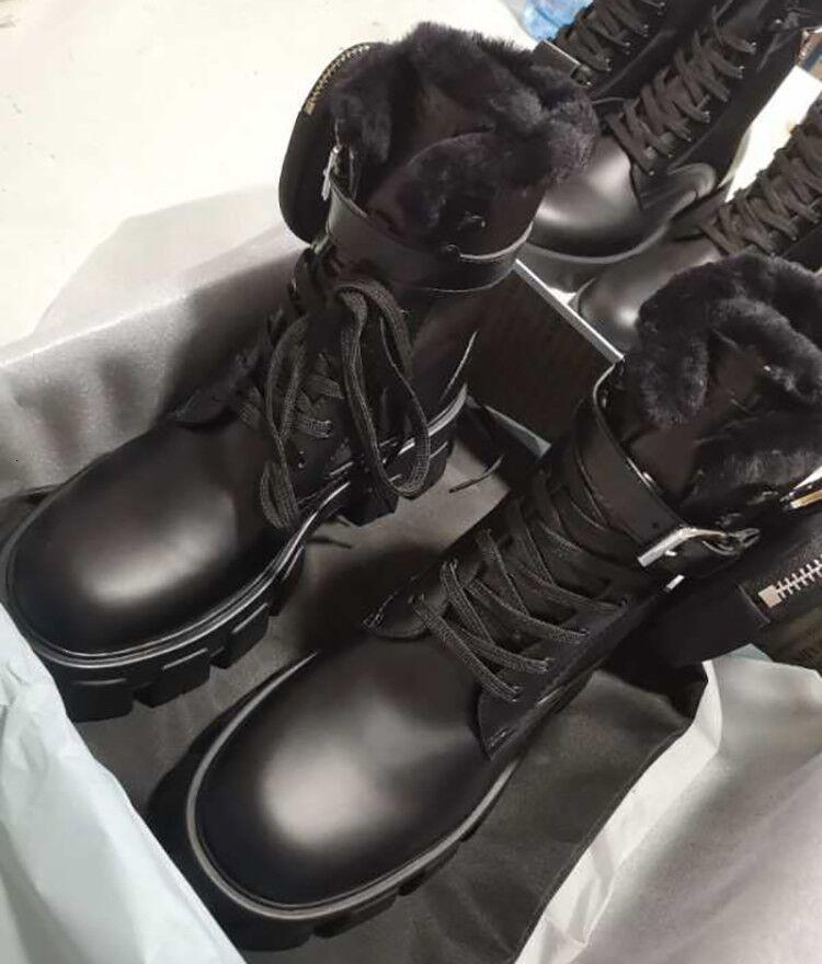 Top Women Monolith Fur Boot Nylon Combat Boots Rois Leather Ankle Martin Boots With Pouch Fashion Winter Battle Shoes Platform Shoes