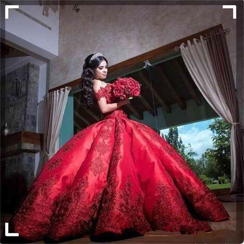 Red Ball Gown Masquerade Quinceanera Dresses For Girls Satin Off Shoulder Appliques Long Sweet 16 Off Shoulder Lace Applique Prom Gown
