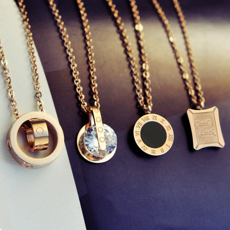 Circle Crystal Roman Numeral Necklace Pendants Double Buckle Woman Necklace Female Steel Clavicle Necklace 18K Gold Pendant Jewelry GC253