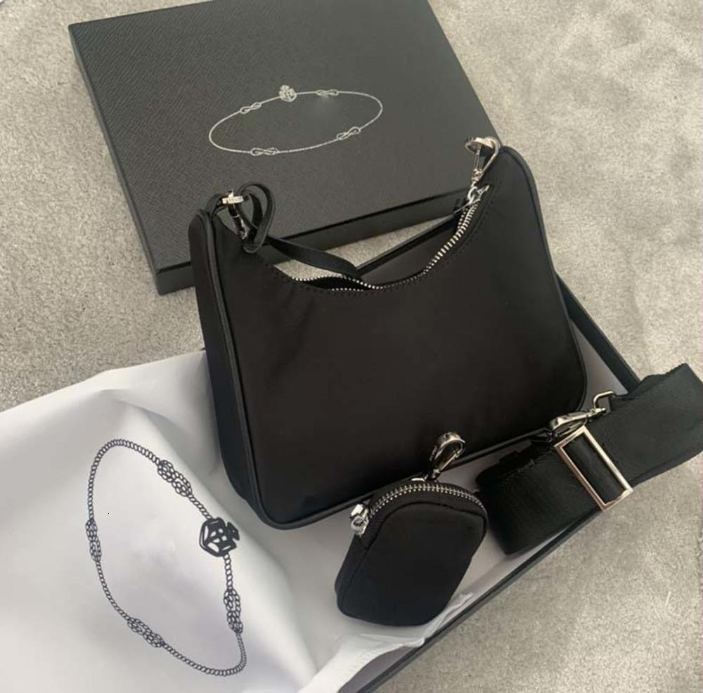2021 Ladies Messenger Bag One Shoulder High Quality Men's Nylon Handbag-selling Girl Hobo Wallet with box and dust bag