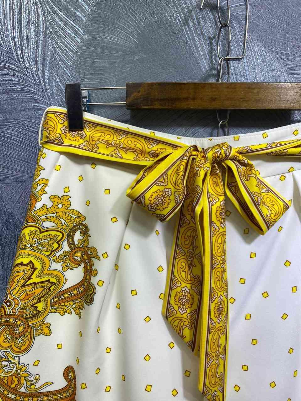 Australia ZIM Palace Style Single-breasted Printed Shirt + Shorts Set