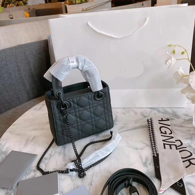 High-level foreign style Dai Fei bag female 2020 new tide black autumn and winter fashion Joker slung temperament crossbody bag