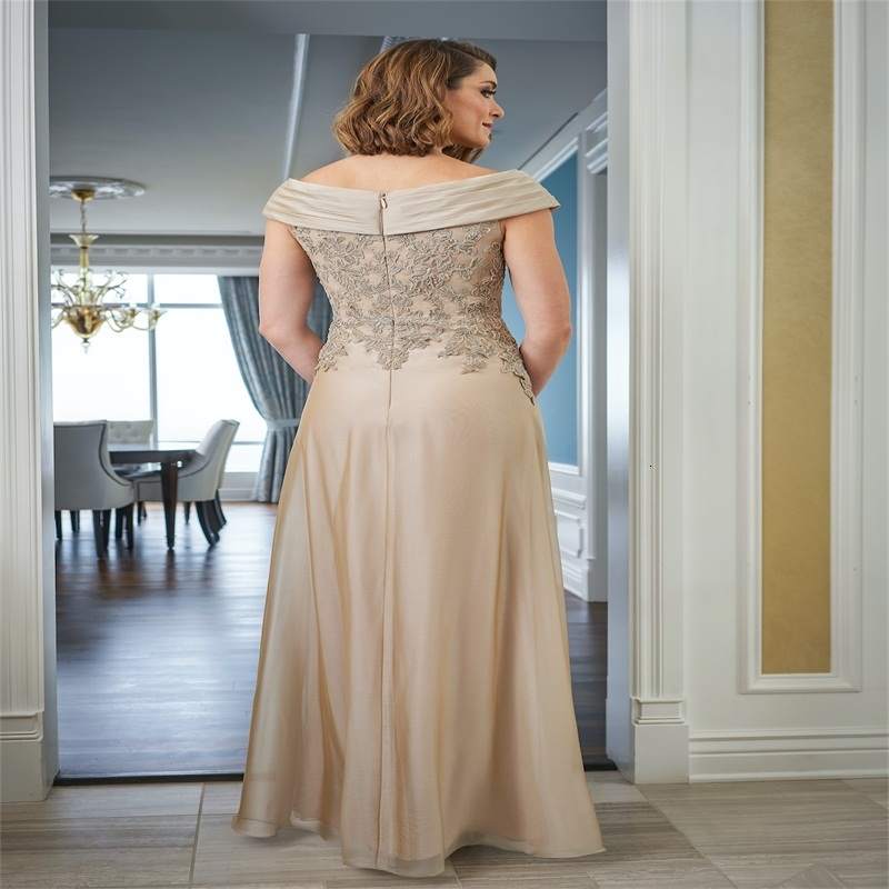 Elegant Mother Of The Bridal Dresses Sleeveless Appliques Lace Mermaid Mother Dress Ruched Satin Knee-Length Wedding Guest Dress