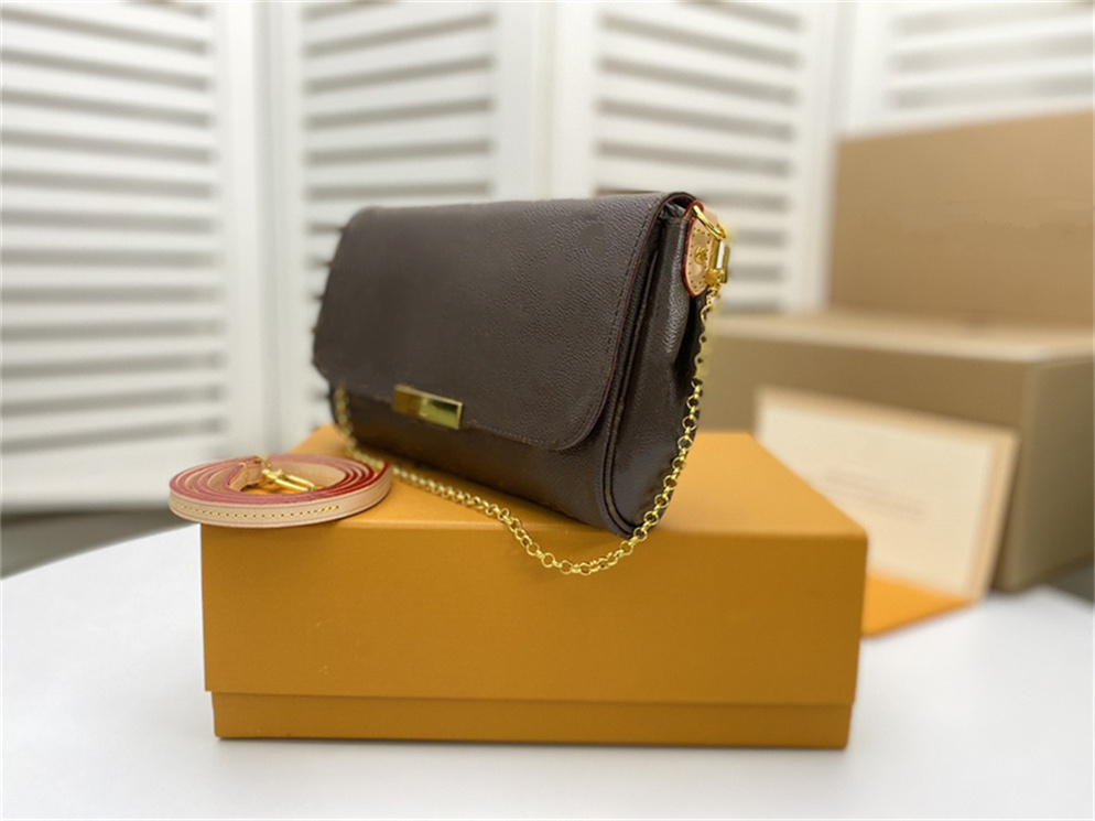 2021Womens messenger bag Fashion luxurys designers bags men mens Shoulder Lady Totes purse handbags crossbod backpack wallet