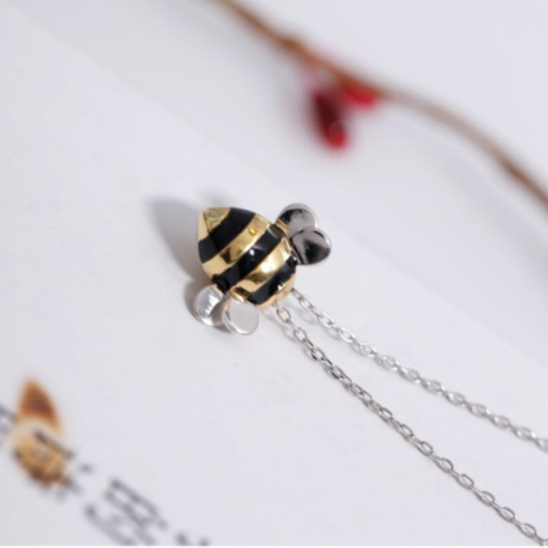 Lovely Bee Earrings Necklaces for Women 925 Sterling Silver Honeybee Necklaces Fashion Necklace Earrings Jewelry Set