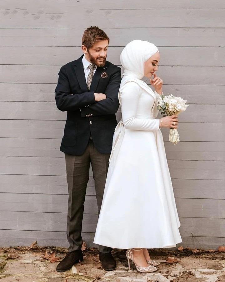 2020 Elegant Muslim Wedding Dresses with Hijab Ankle Length Satin Long Sleeve Plus Size Bridal Gowns Middle East Arabic vestido de novia