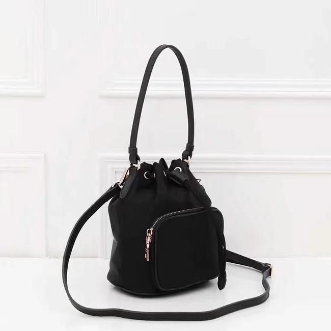 dicky0750 Wholesale classic waterproof canvas drawstring bucket bag ladies messenger bag bucket style fashion messenger shoulder bag casual handbag