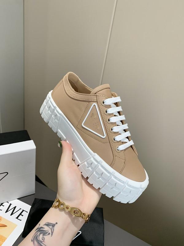 new arrival platform sneakers triple s designer for men women flat casual dad shoes 17fw paris triple black beige luxurys vintage old shoes
