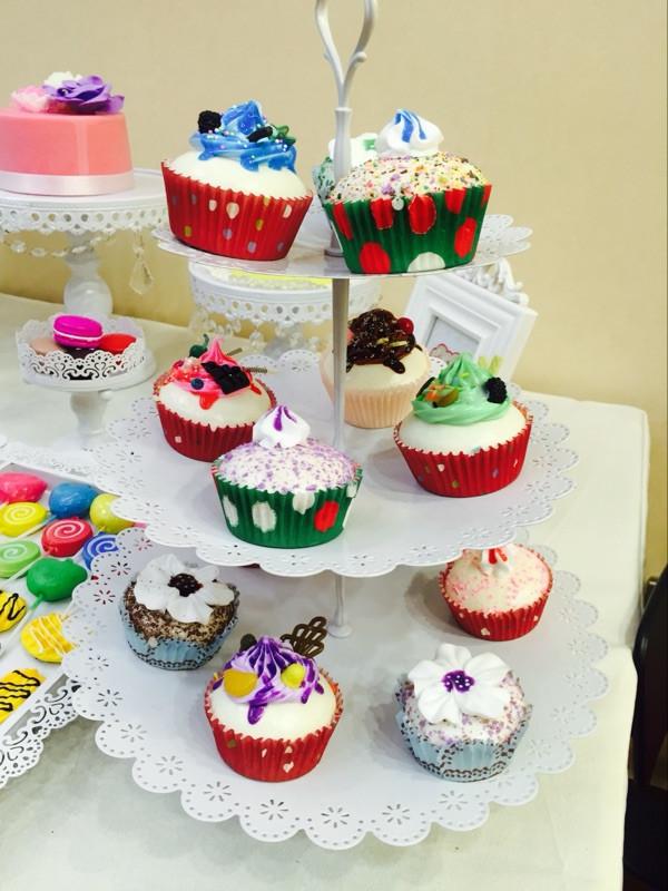 Artificial Cupcake squishy toys 6pcs - Buyer Show