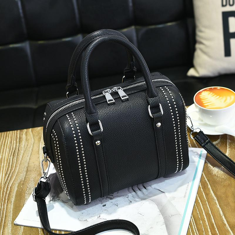 PU Totes Shoulder Bag Women Casual Black Leather Hand Bag Package Wallet Rivets Boston Pack Waterproof Line Women's Hand-Held Female Bags