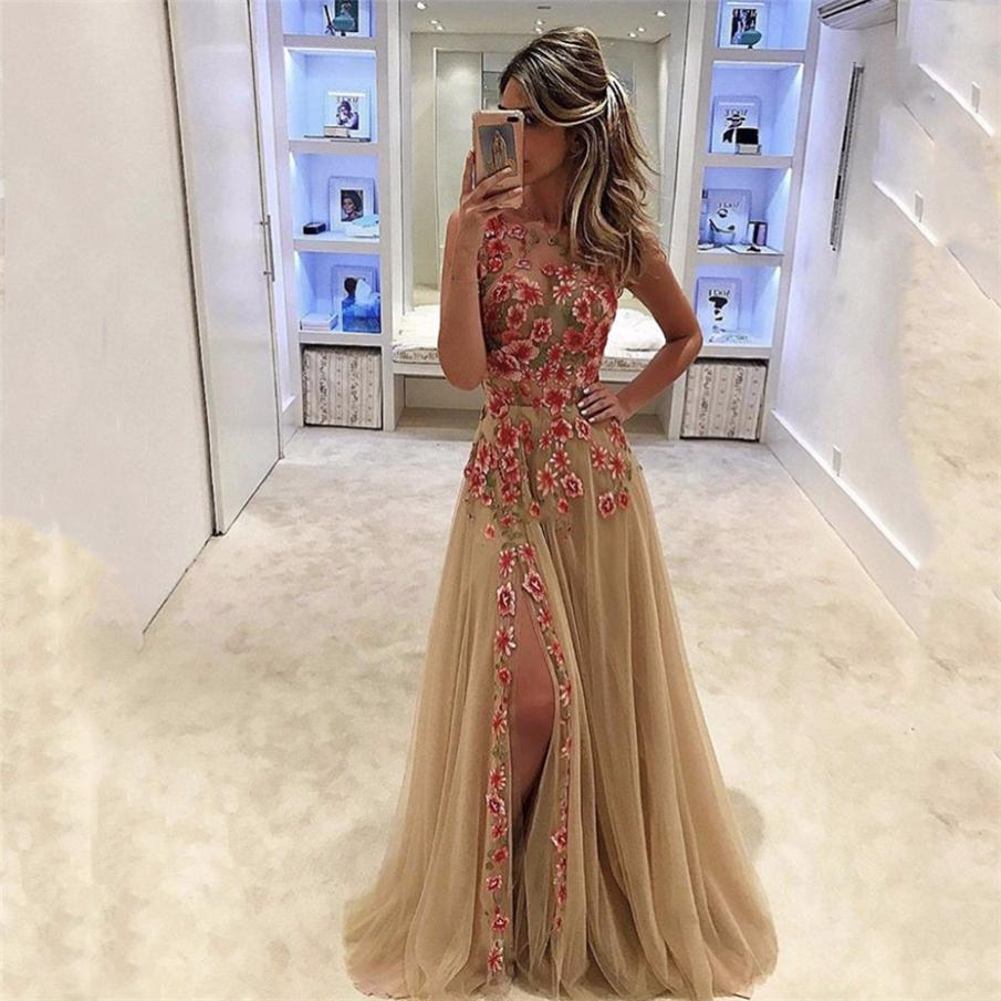 Champagne O Neck durchschauen bunte Blumen ärmelloses A-Linie Abendkleid  Seitenschlitz bodenlangen Abendkleider