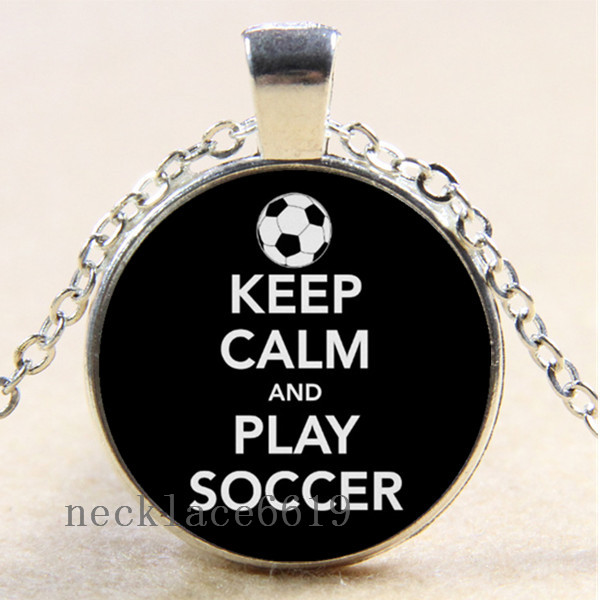 Photo cabochon verre argent Populaire Pendentifs Collier ( keep calm play soccer )