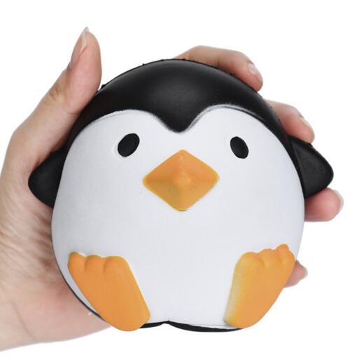 Nouveauté Jumbo Squishy Penguin Kawaii Animal Mignon Lent Rising Sweet Parfumé Vent Charms Gâteau De Pain Enfant Jouet Poupée Amusant Nouvelle Arrivée Squeeze Toy