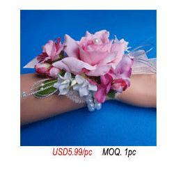 Corsage-and-boutonniere2_03