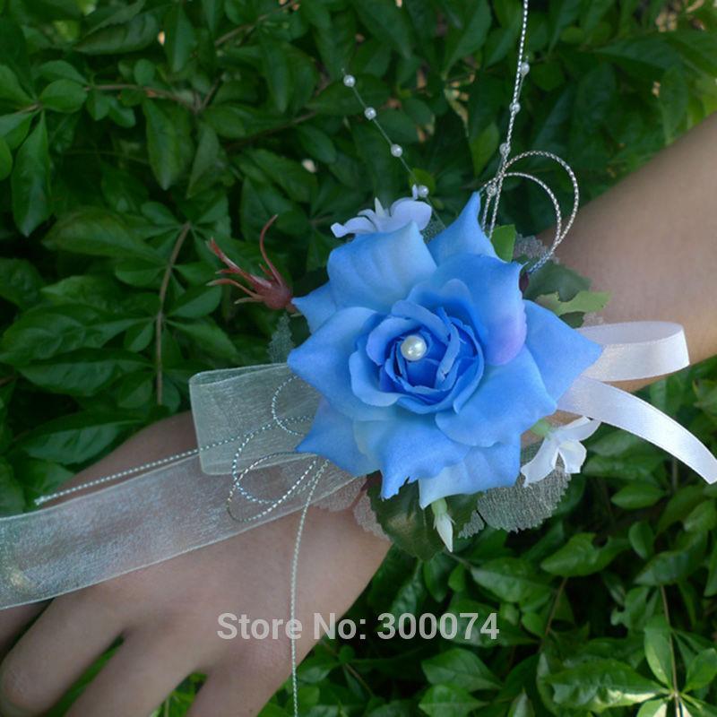 Dark blue corsage