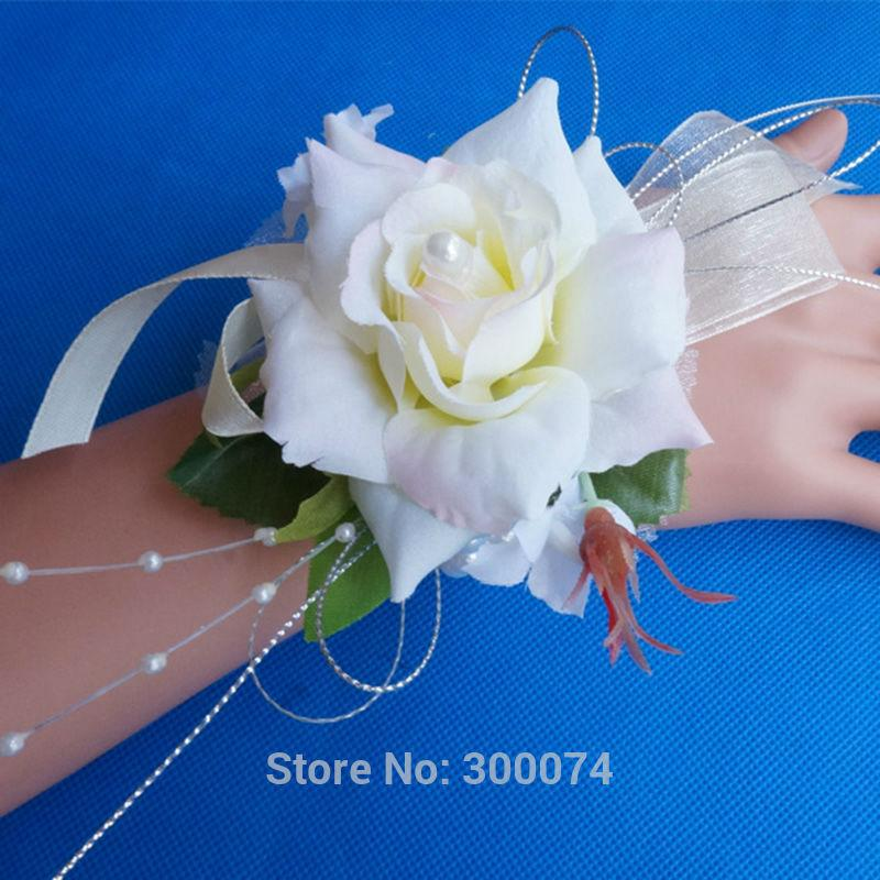 Pale champagne rose corsage