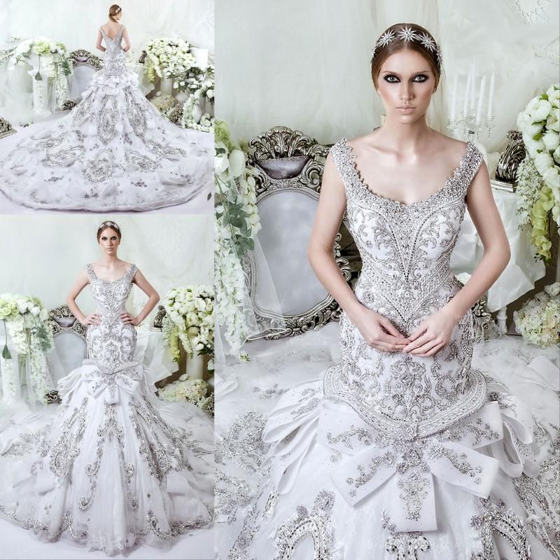 Glittering Gorgeous Dubai Wedding Dress Rhinestones Beading
