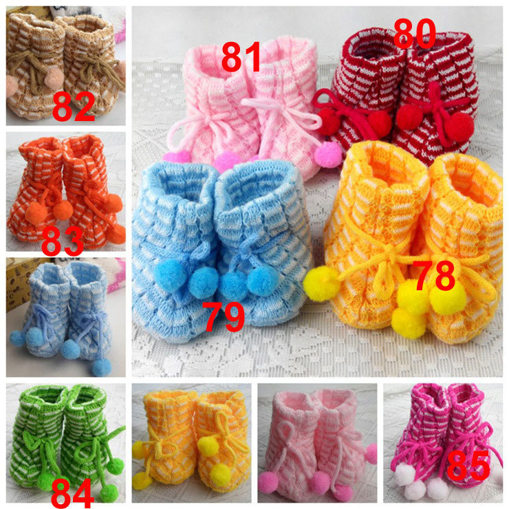 0-1 years old free size indoor Warm hand knitting baby prewalker shoes