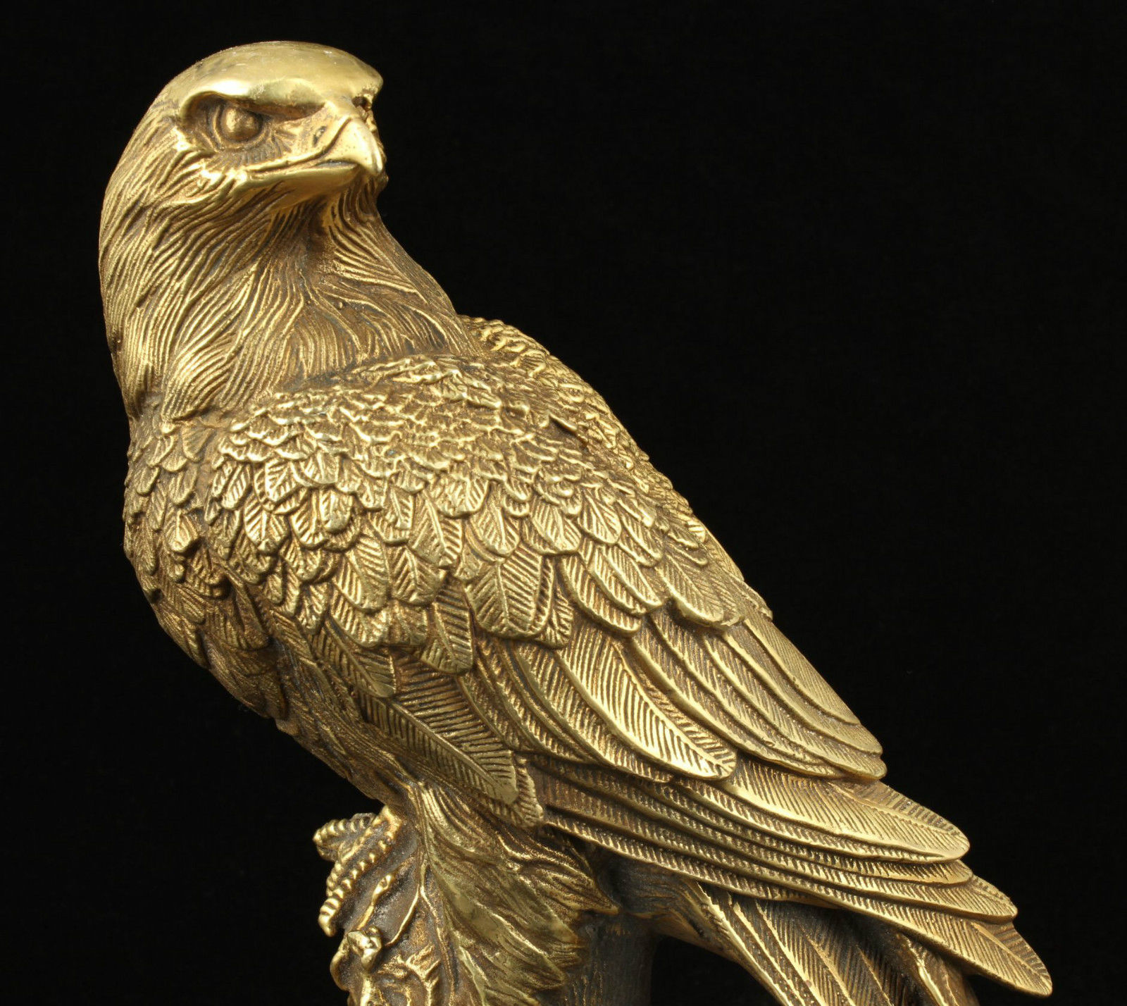 Rare Collectible handwork Old tibet Silver carve lifelike eagle rare Statue
