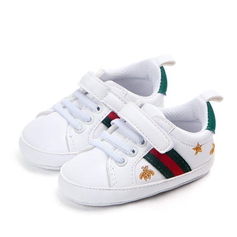 Baby Shoes Boy Girl Crib Shoes Newborn Autumn White Shoes Heart Soft-soled Anti-skid Buckle Strap Prewalker Sneakers