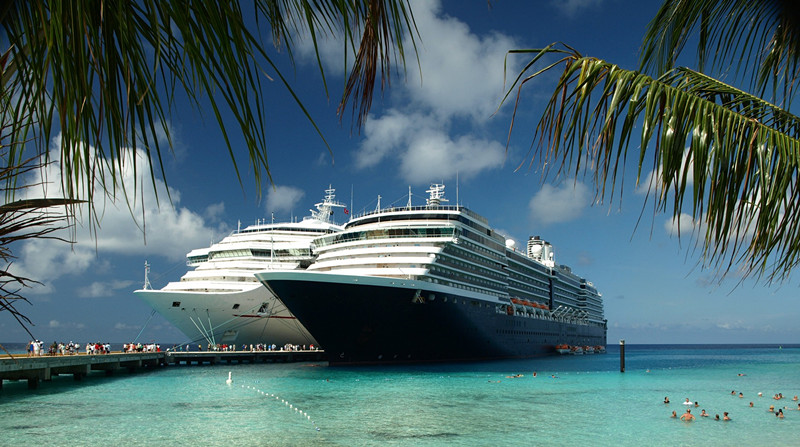 carribean-cruise-luxurious-christmas-destinations-home-caprice_
