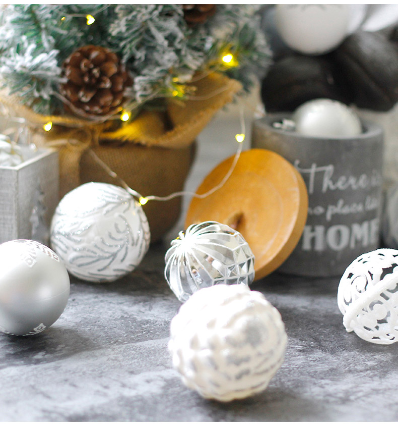 08 inhoo 2018 New Christmas Tree Decoration 7cm Ball Ornaments Pendant Accessories Red white Ball Decor For Christmas Home Party