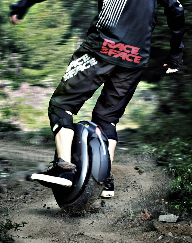 Ninebot One Z10 Powerful Electric Unicycle with Trolley Handle Self Balancing Scooters 45KMH 1800W with Bluetooth Smart APP (6)