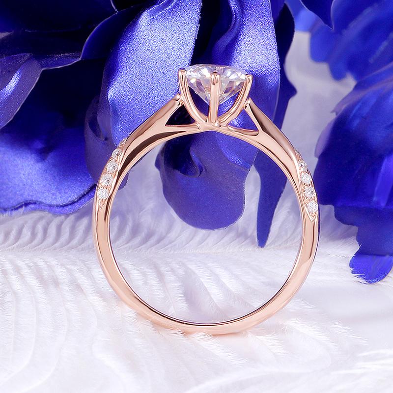 rose gold moissanite emgagement ring (3)