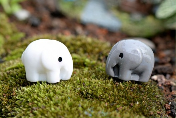 4pcs New Miniature Dollhouse Bonsai Fairy Garden Landscape Lovely Seahorse PICA