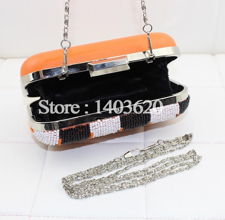 1042-8 clutch bag (4)