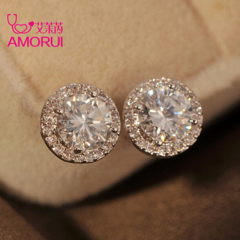 New-Platinum-Plated-4-Prongs-Round-Brilliant-Cut-Sona-Simulated-Diamond-Stud-Earring-for-women-Earrings_1024x1024