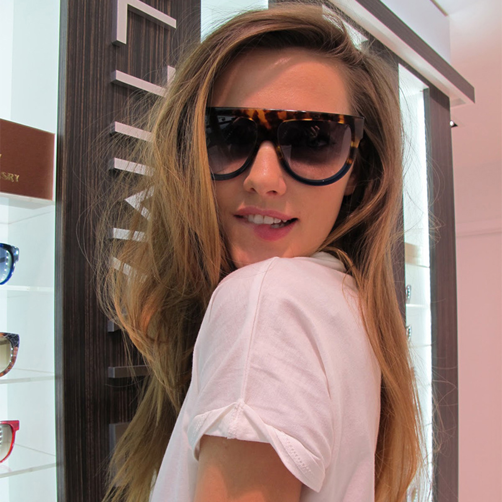 Flat Top Oval Sunglasses Women Oversize Glasses Frame for Women Fashion Show Equipment for Lady Colorful Options Eyewear for Beach 97055FDY