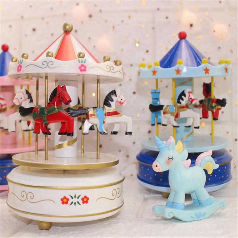 Pink Unicorn Wood Carousel Music Box Decorazione torta Compleanno Decorazioni feste Bambini Unicorno Baby Shower regalo Unicorn Party