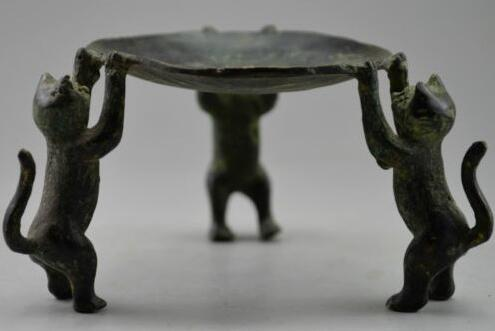 Collectible Decorated Old Handwork Bronze Carved 3 Dogs Climb Plate Candle Stick