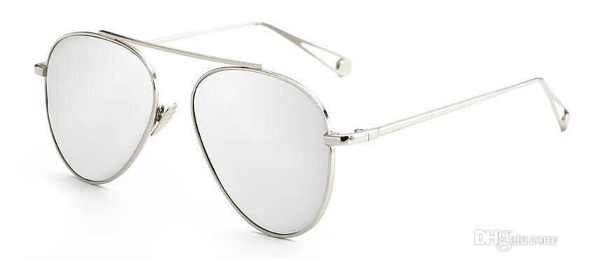 Las nuevas gafas de sol al por mayor 58001 gafas de sol de metal de moda color de la película rana espejo gafas de sol de marco circular