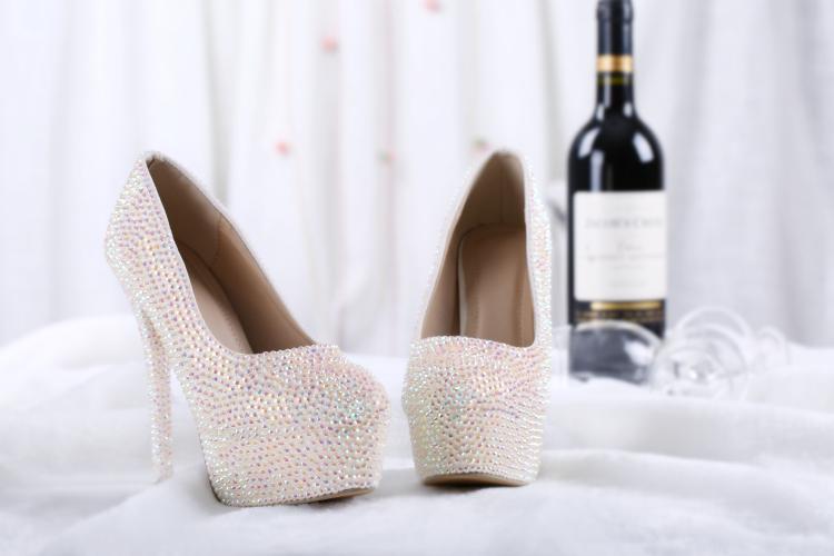 Großhandel Hochzeit Pumps Mit Schnalle Knöchelriemen Weiße Kristall Braut Schuhe Mode Klassische Party Schuhe Benutzerdefinierte Sweety Prinzessin